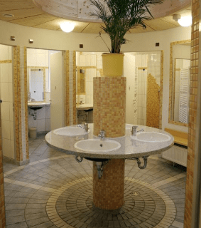 Sanitäre Anlagen des Campingplatzes Kleinenzhof